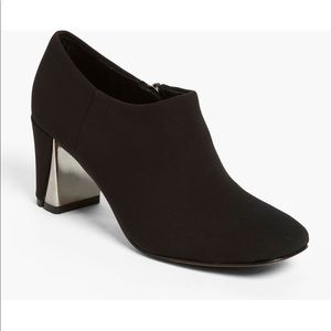 Donald J. Plinter Calla Ankle Boots Heeled Bootie